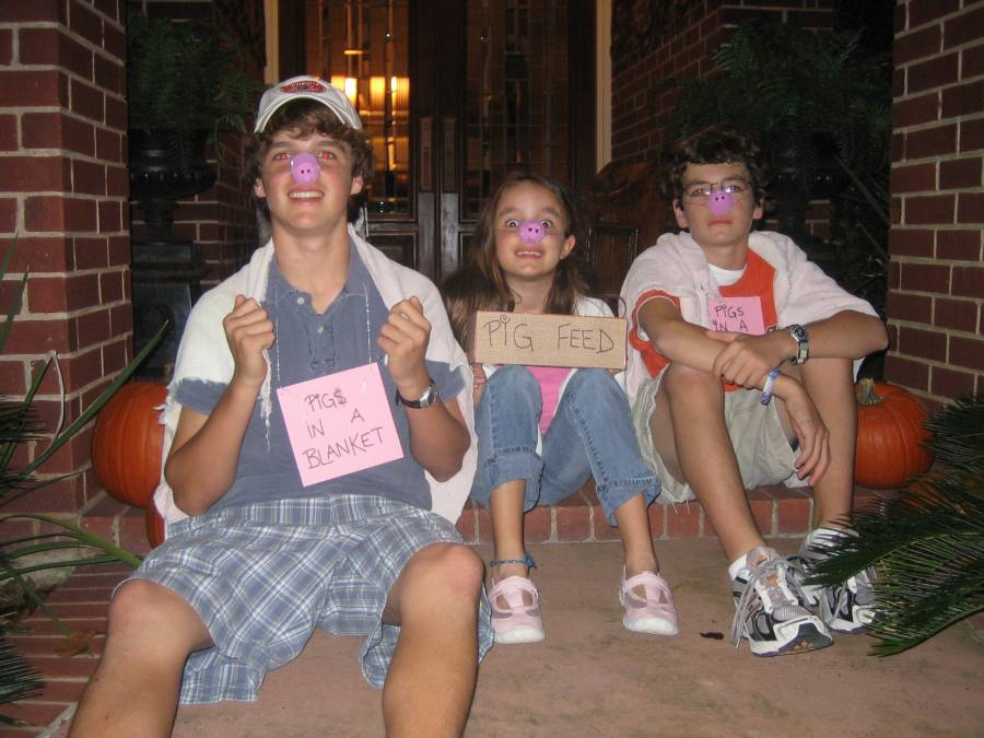 Easy Homemade Halloween Costumes for Groups