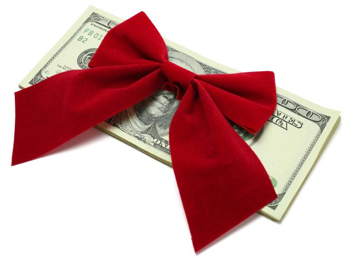 money saving holiday party tips