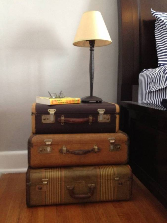 Smart Bedside Table: DIY Suitcase Table