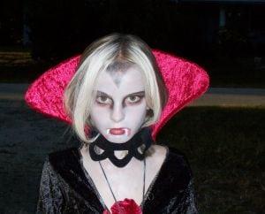 easy & cheap homemade halloween costumes