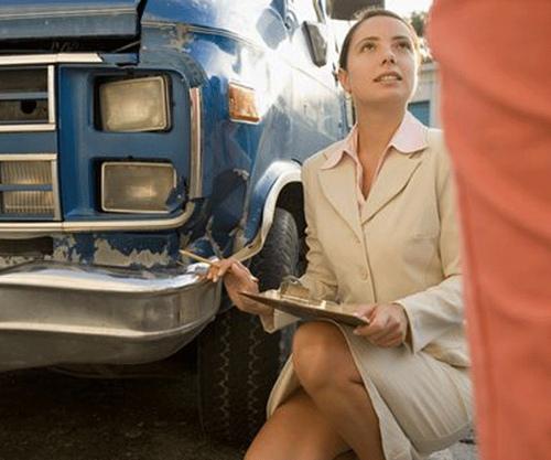 women car insurance claim
