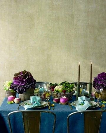 vegetable-thanksgiving-table-3-mld106974_vert
