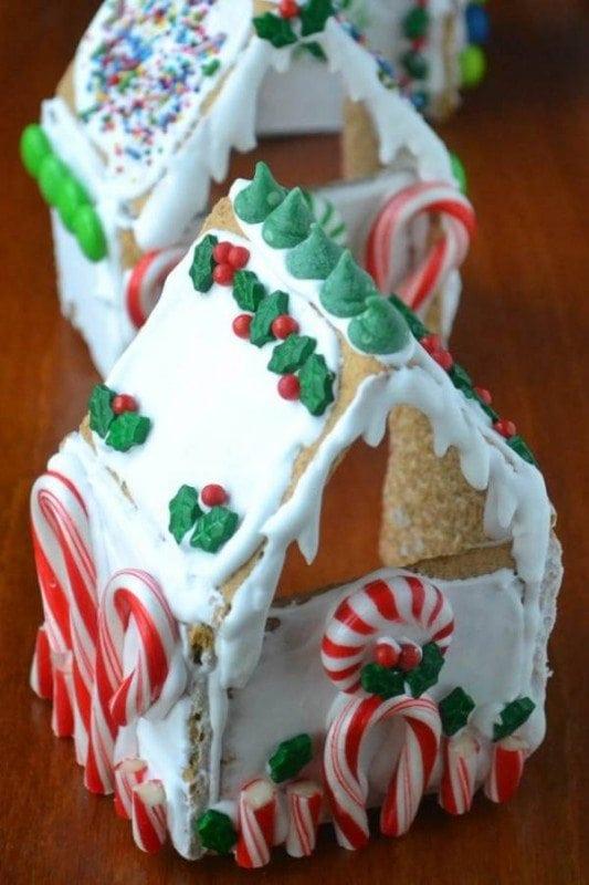 20 Diy Fun Easy Christmas Treats To Make With Your