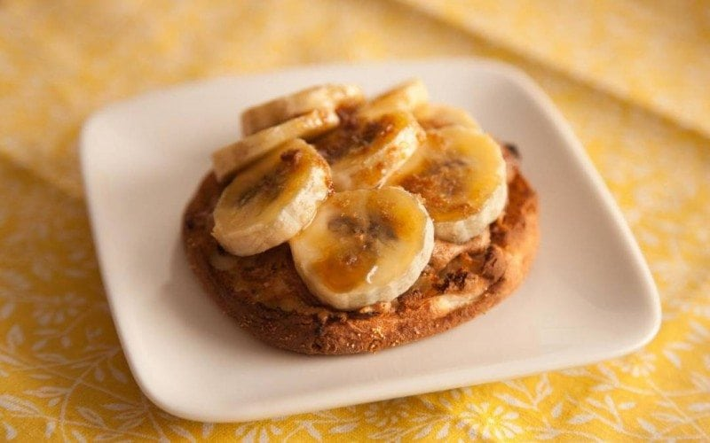 How to Eat Healthy For Less Than $400 a Month - banana english muffin