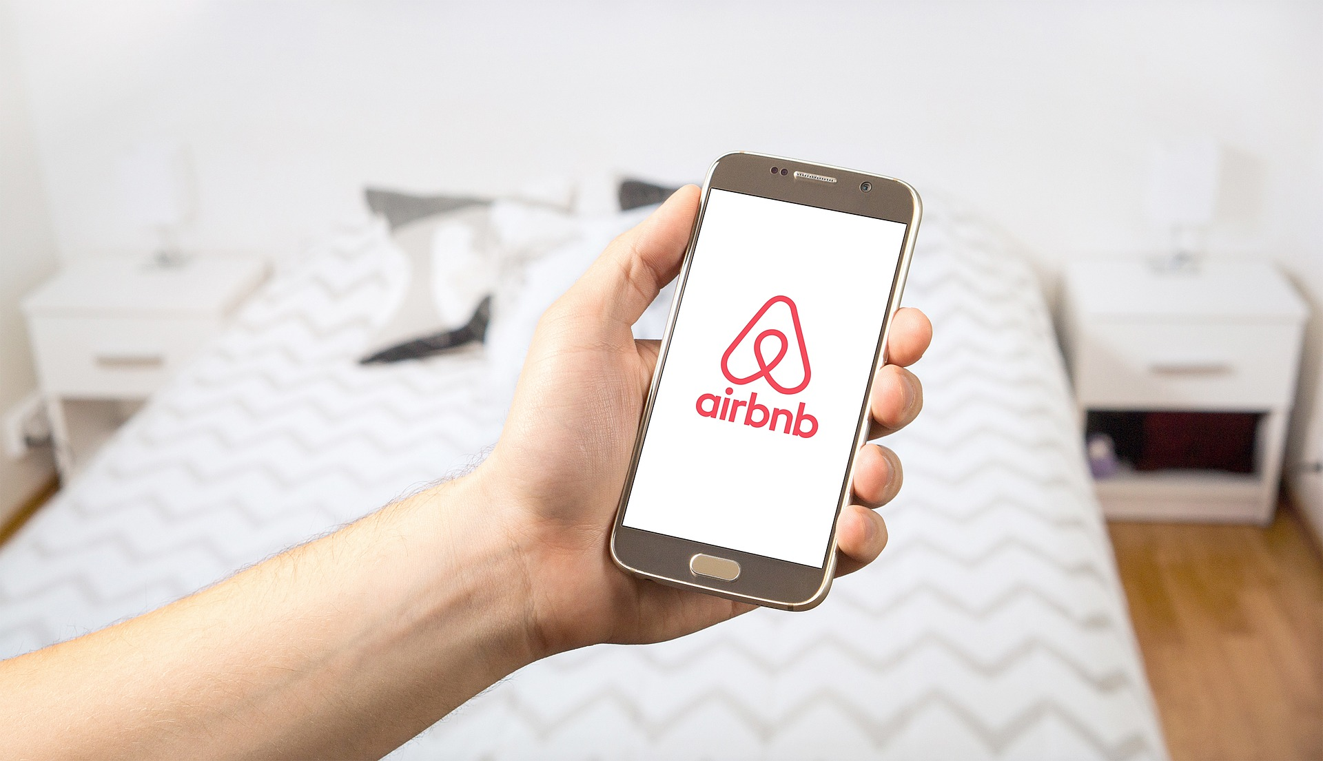 Airbnb on a cell phone